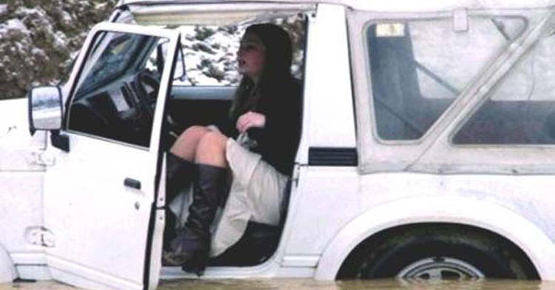 Женщина и автомобили