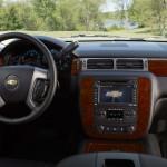 2013-Chevrolet-Suburban-interior